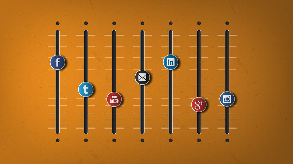 Small Business Social Media Methods – An E-Book View